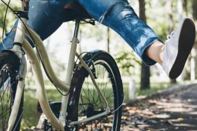 О самых частых нарушениях велосипедистов рассказали в псковском ГИБДД