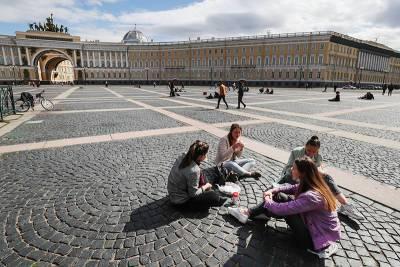 Власти Петербурга готовят новые ограничения в связи с коронавирусом