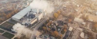 Жители Омска пожаловались на резкий химический запах