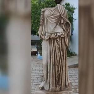 В Турции нашли статую женщины возрастом около двух тысяч лет. Фото