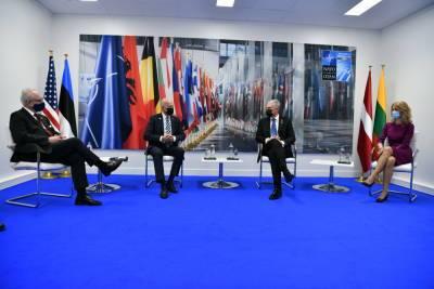 Президент Литвы: США хорошо осведомлены о стремлении России встроить Беларусь в свою военную архитектуру
