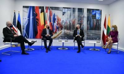 Байден пообещал Литве, Латвии и Эстонии защиту от «агрессивной России»
