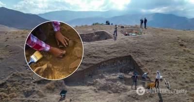 В Турции нашли древнюю статую женщины – фото