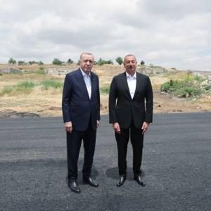 В Азербайджан прибыл Эрдоган. Фото