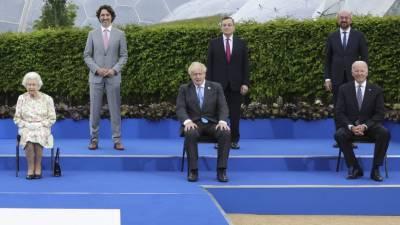"""Американист назвал """"холопской"""" реакцию Европы на визит Байдена на саммит НАТО"""