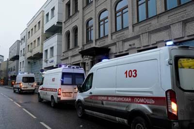 Российский инфекционист предупредил о риске новых волн коронавируса