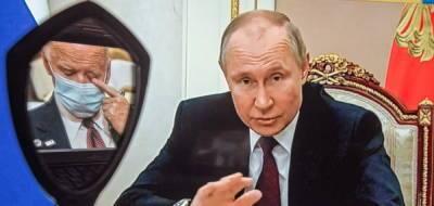 Для встречи с Путиным Байдена натаскивал десяток специалистов по...