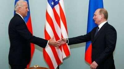 В СМИ вспомнили 5 топ-встреч, на которые опоздал Путин
