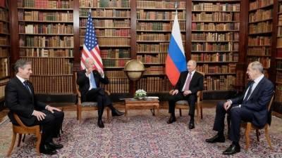 Беседа Путина и Байдена в узком составе завершилась