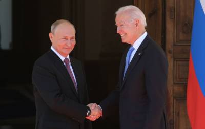 Переговоры Байдена и Путина в Женеве перешли в широкий формат