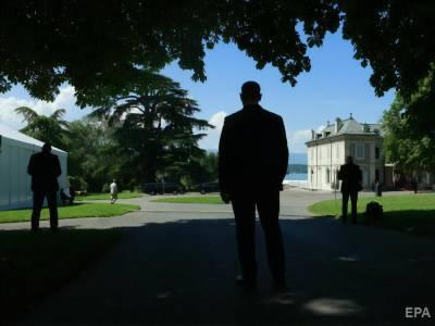 Встреча Байдена и Путина началась с потасовки между охраной и журналистами
