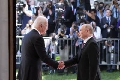 Путин похвалил Байдена за поведение на саммите: Человек опытный