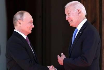 Путин и Байден обменялись подарками на встрече в Женеве
