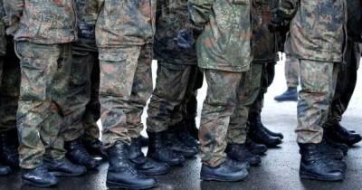 Взвод немецкой армии выводят из Литвы за секс-домогательства и песни в честь Гитлера
