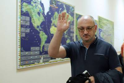 К депутату ЗакСа Максиму Резнику пришли с обысками