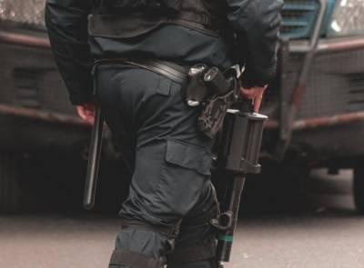 Силовики начали обыски у депутата петербургского парламента Максима Резника