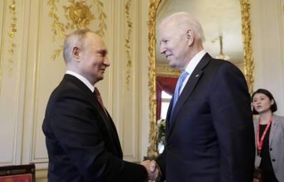 «Дядя Вова что-то выторговал»: реакция соцсетей на встречу Байдена и Путина в Женеве