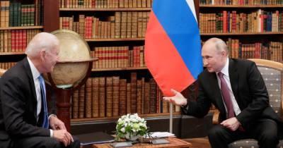 Белый дом отрицает, что Байден вел себя слишком дружелюбно с Путиным