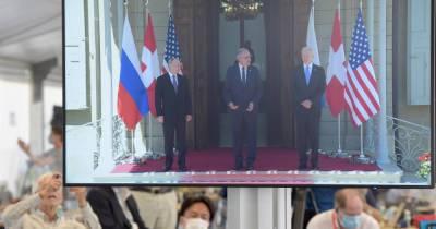 """Эксперт ожидает """"заморозку"""" санкций после встречи Путина и Байдена"""