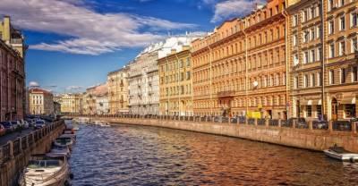 Власти Петербурга ввели обязательную вакцинацию для 65% персонала госпредприятий