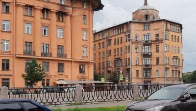 Депутаты ЗакСа обратятся к губернатору по поводу состояния дома Чубакова
