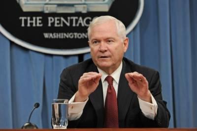 Экс-глава ЦРУ и Пентагона: США ввели против России слишком много санкций
