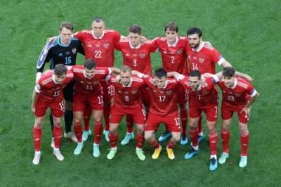 Ургант с иронией заявил, что в проигрыше сборной России на Евро-2020 «виновата» команда Дании