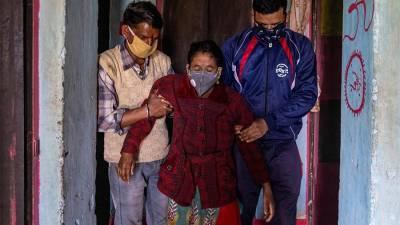 В Евросоюзе выразили озабоченность из-за индийского штамма коронавируса