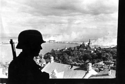 Перед кем должна извиняться Германия за нападение на СССР