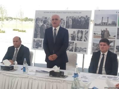 Вице-премьер Азербайджана проводит заседание в Агдаме (ФОТО)
