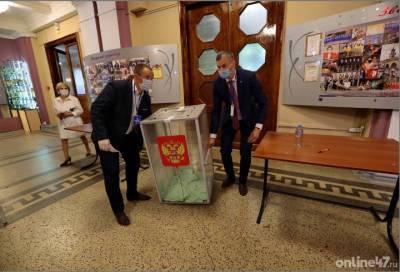 На предстоящих выборах депутатов Госдумы в Ленобласти образовано три одномандатных округа