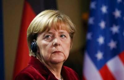 На Украине раскритиковали Меркель за предложение о встрече Путина с лидерами Евросоюза
