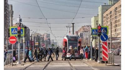Объявлены тендеры на 1,6 млрд рублей на ремонт трамвайных путей в 5 районах Петербурга