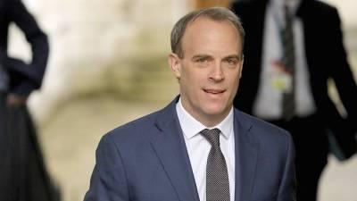 Глава МИД Британии отверг российскую версию инцидента с эсминцем