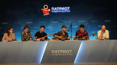 """Музыканты """"Зверобоя"""" случайно узнали о выборе их песни для ролика Минобороны"""