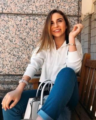 «Тогда возникло отвращение к мужчинам»: незнакомец домогался Марьяны Ро, когда она была ребенком
