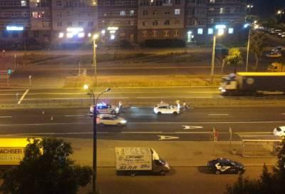 Пешеход попал под колёса в Невском районе Петербурга