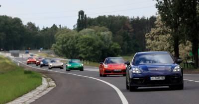 12 друзей скорости: как прошел Porsche Road Tour в Киеве (фото)