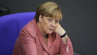 В ЕС раскритиковали Меркель за призыв к переговорам с Путиным