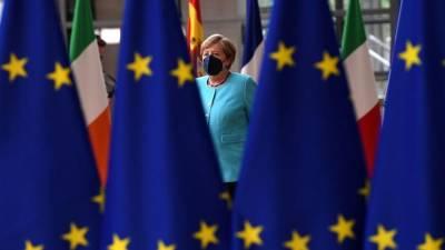 Bloomberg: лидеры стран ЕС отказались от предложения Германии и Франции о встрече с Путиным