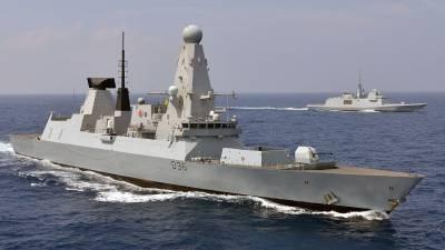 Жители Франции возмутились появлением эсминца ВМС Британии Defender вблизи Крыма