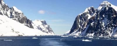 Ученые объяснили причину внезапного исчезновения озера в Антарктиде