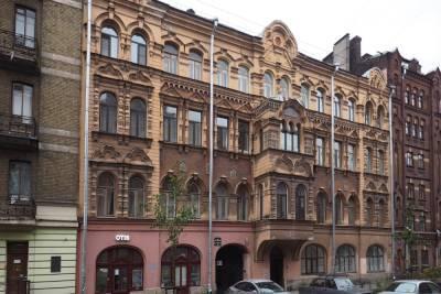 Еще два петербургских здания попали в список памятников