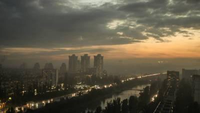На Украине из-за непогоды более 800 населённых пунктов остались без света
