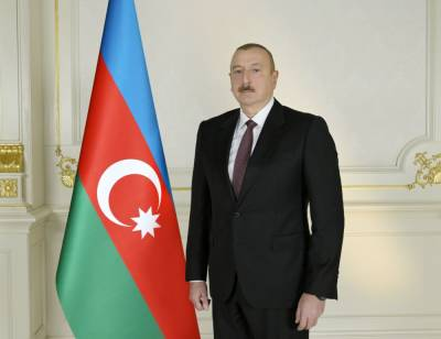 Президент Ильхам Алиев ознакомился с условиями, созданными в новом военном городке и служебных квартирах для семей военнослужащих