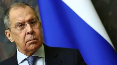 Лавров заявил, что позиция ЕС по отношениям с Россией обусловлена желанием «подпевать» США