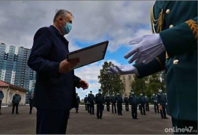 Александр Дрозденко поздравил ленинградских спасателей с профессиональным праздником