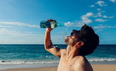 Delfi (Литва): спортивный тренер рассказал, почему 2 литра воды — это миф и когда лучше всего взвешиваться