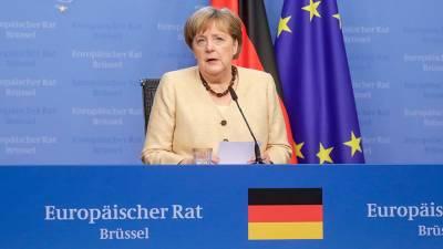 Меркель призвала ЕС обсуждать проблемы с Россией напрямую с Путиным