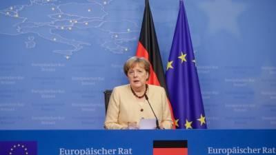 Меркель: саммит c РФ позволит сказать Путину, что кибератаки – не основа для сотрудничества